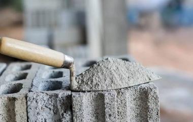 Строительный цемент: марки, критерии выбора, преимущества
